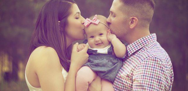 اهمیت رفتار والدین با نوزاد و تاثیر آن بر دوران کودکی و بزرگسالی